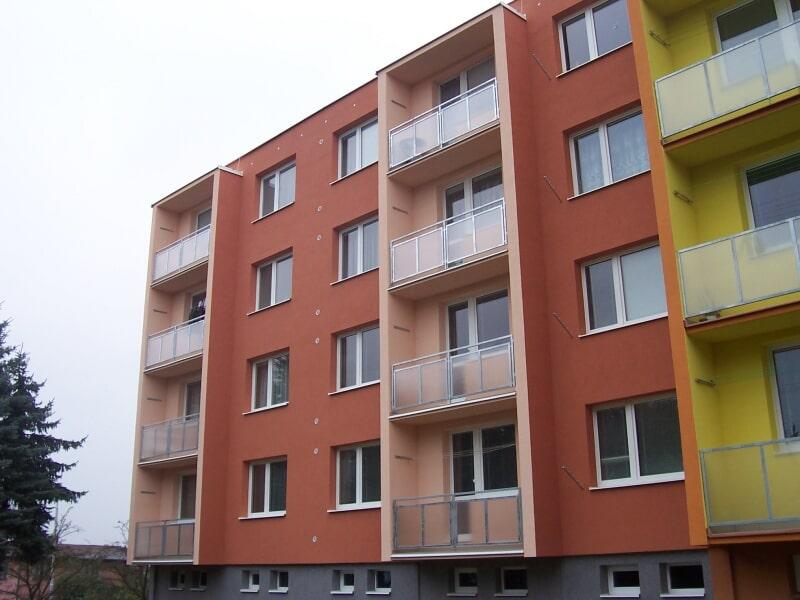 STAVA - František Vališ s.r.o. | Havlíčkův Brod panelový dům - rekonstrukce + zateplení