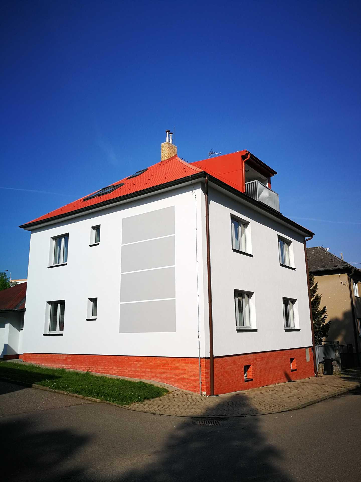 STAVA - František Vališ s.r.o.   Nátěry fasád